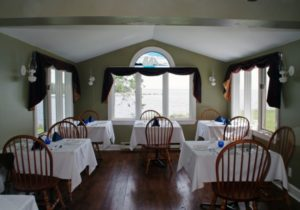 Seawind Landing: The Main Inn Dining Room